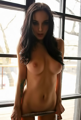 BergyQ Cherry Nude Girl Posing Hot
